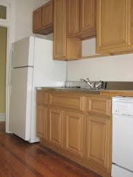 maple cabinets laurel maple cabinets with a bilevel kitchen