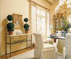 Traditional And Formal Dining Rooms Dining Room Decorating Idea - Formal dining room decor
