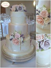 wedding cake harga wedding cakes bristol gloucestershire bespoke wedding cakes