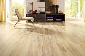 laminate floor finishing types description properties