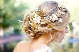coiffure mariage boheme 20 idées de coiffures pour les mariées bohèmes les éclaireuses