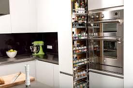 amenagement placard de cuisine cuisine amenagement interieur placard cuisine avec clair couleur