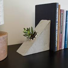 unique bookends ridiculously unique ideas for bookends
