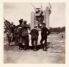 victorians were some of the first victims of candid photography