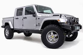jeep wrangler pickup 2017 a new jeep wrangler pickup truck is officially coming in 2017