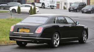 bentley mulsanne extended wheelbase 2016 bentley mulsanne and long wheelbase caught in motion video