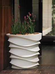 eye am planter contemporary planters planters and modern gardens