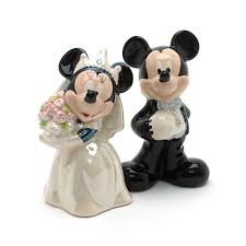 wedding salt and pepper shakers mickey and minnie mouse wedding salt and pepper shakers
