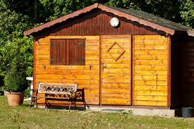 construire son chalet en bois construire un abri de jardin