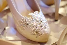 wedding shoes bandung fairyberry shoes wedding wedding shoes in bandung bridestory