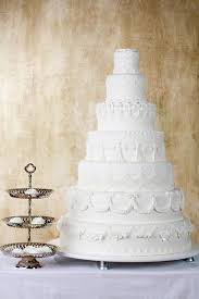 amazing wedding cakes amazing wedding cakes lovetoknow