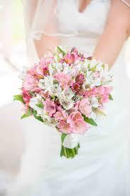 bouquet arrangements best 25 alstroemeria wedding flower arrangements ideas on