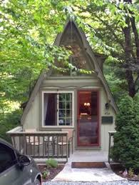 small a frame cabin i this a frame small bdrm downstairs is needed though the