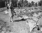 File:Namering exhumed bodies of SS murdered slave workers ww2-183 ...
