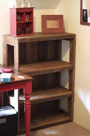 Bookshelf Wooden Plans by 18 Detailed Pallet Bookshelf Plans And Tutorials Guide Patterns