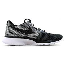 Nike Tanjun Black nike tanjun racer grey