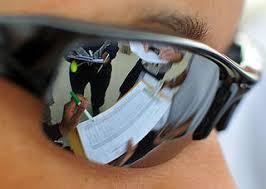 eyes sensitive to light treatment sensitive eyes meaning causes symptoms treatment healthhype com