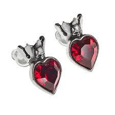 in earrings claddagh heart earrings thinkgeek