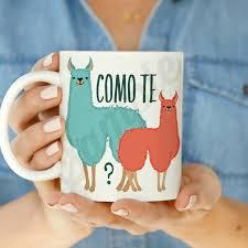 amazon com como te llamas coffee mug kitchen u0026 dining