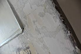 Paint Peeling Off Interior Walls How To Paint Over Cracked Paint