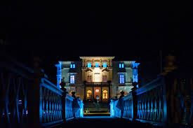 Hire Outdoor Lighting - why hire an outdoor lighting design company creative nightscapes