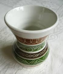 dragon pottery rhayader wales retro vintage vase white with