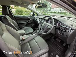 2017 holden astra rs v u2013 car review u2013 coty contender drive life