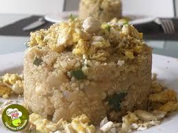 cuisiner oeufs quinoa cajou miso et oeufs brouillés plats cuisinés