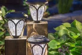 Landscape Lighting Diy 9 Hyper Creative Diy Outdoor Lighting Ideas For Your Backyard