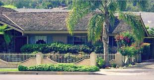 the real brady bunch house los angeles california the brady bunch house the real owners of the brady house built a