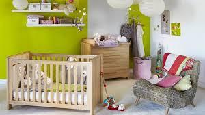 aménagement chambre bébé deco chambre bebe nature visuel 5