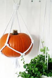 Diy Hanging Planter by 459 Best Macrame Images On Pinterest Macrame Wall Hangings