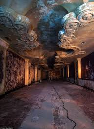 funeral homes in cleveland ohio johnny joo s haunting pictures of the house of wills an abandoned