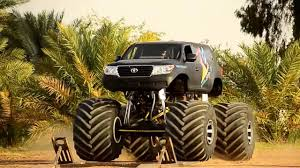 bigfoot monster truck videos youtube mad bigfoot monster truck toyota land cruiser youtube
