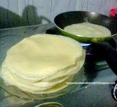 cara membuat kulit lumpia dari telur resep cara membuat kulit lumpia resep masakan indonesia praktis