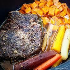 5 ingredient slow cooker pot roast fit slowcooker queen
