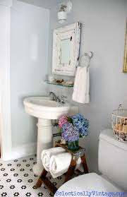 Vintage Bathroom Decor Ideas by Get 20 Vintage Bathroom Floor Ideas On Pinterest Without Signing