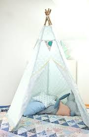tente de chambre 13 idées déco pour customiser la chambre de bébé ma maison