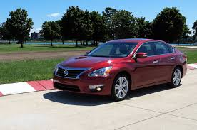nissan altima 2013 bluetooth issues 2013 nissan altima 3 5 sl four seasons update august 2013