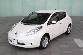 nissan leaf japan models nissan unveils 2013 leaf with new electric motor cheaper s grade