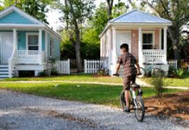 Henderson Auctions Katrina Cottages by Museum Allen Memorial Art