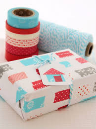 hello wonderful 6 simple ways to gift wrap with washi tape