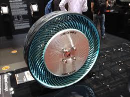 pneu sans chambre a air bientôt un pneu sans chambre à air ni crevaison les carnets de
