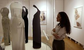 dresses that tell a story princess diana s in fashion