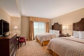 hotel embassy suites riverwalk downtown san antonio tx booking com