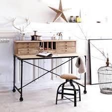 bureau etagere pas cher intérieur de la maison bureau style industriel tolle armoire