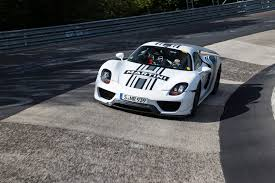 porsche 918 racing porsche 918 spyder prototype successful testing lap time 7 mins