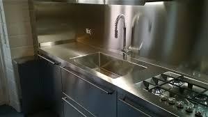 lavello cucina acciaio inox lavello saldato sul piano acciaio perch礬 borlina acciaio