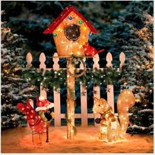 Outdoor Lighted Yard Christmas Decorations by 14 Best Outdoor Christmas Decorations Images On Pinterest
