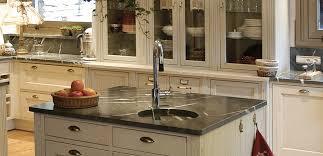 la cuisine fran軋ise meubles meuble cuisine classique chaios com
